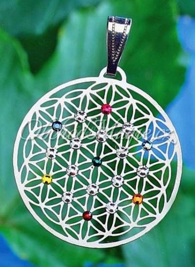 Amulety zdraví -KVĚT ŽIVOTA, čakrový přívěsek,  s 19 krystaly Swarovski
