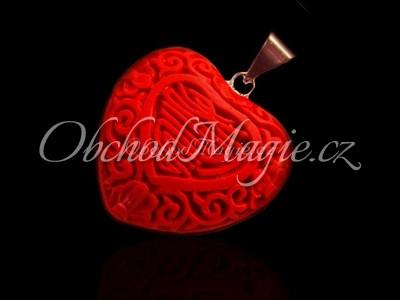 Šperky z kamenů-SRDCE, přívěsek, korál červený