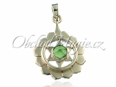 Stříbrné čakrové šperky-Přívěsek srdeční čakra Anahata s olivínem