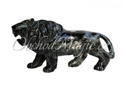 Lev-Socha Lva z černého onyxu